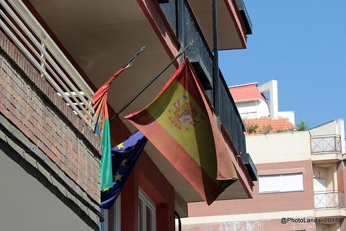 Bandera al revés