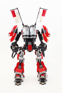 The LEGO Ninjago Fire Mech (70615)