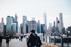 ciudad-invierno-paseo-mar