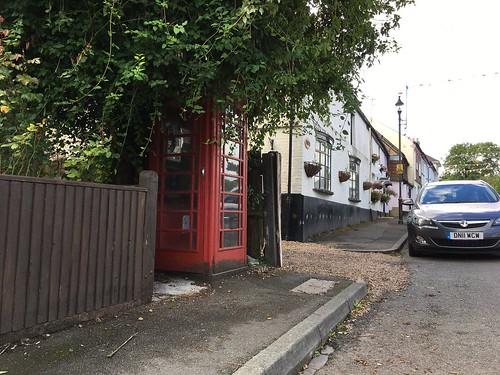 5 Church Rd, Chelsfield, Orpington BR6 7RF, UK(1)