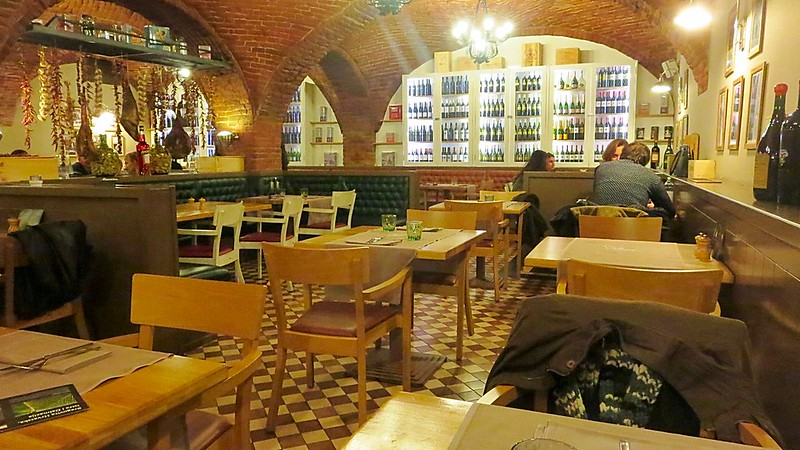 Zagreb Croatia bars restaurants
