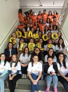Participantes e treinadoras no Django Girls Caxias do Sul