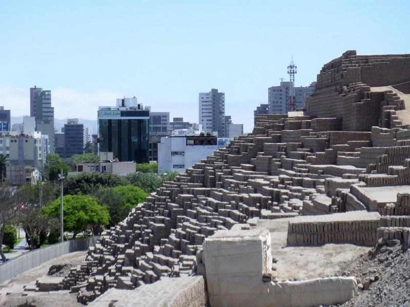 Peru - Lima - Huaca Pucllana