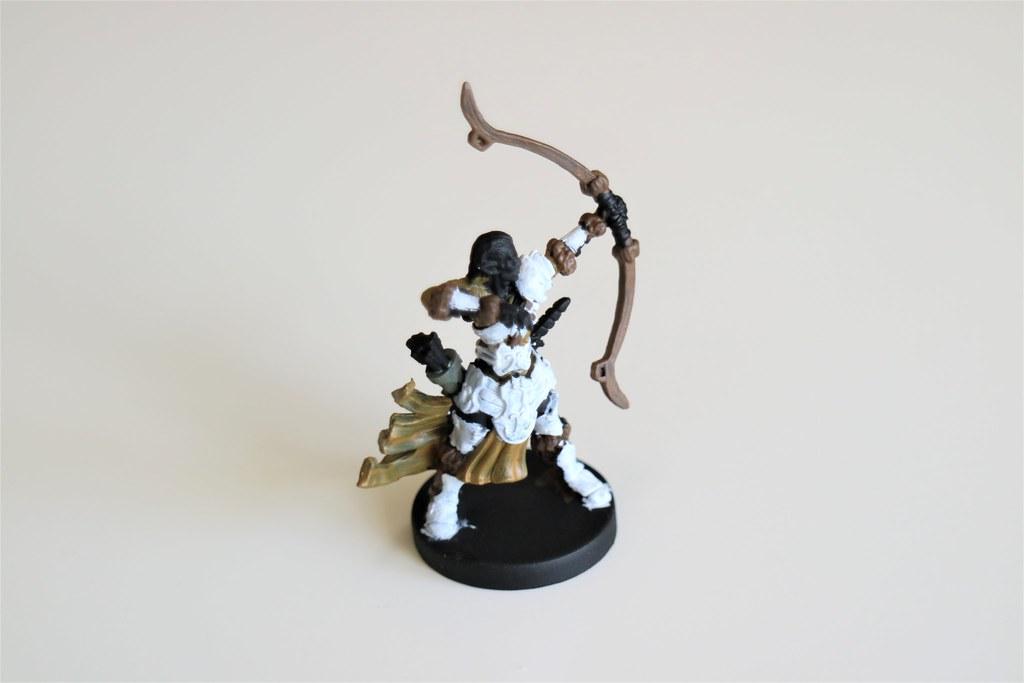 Runewars Miniatures Aspen Elf 3