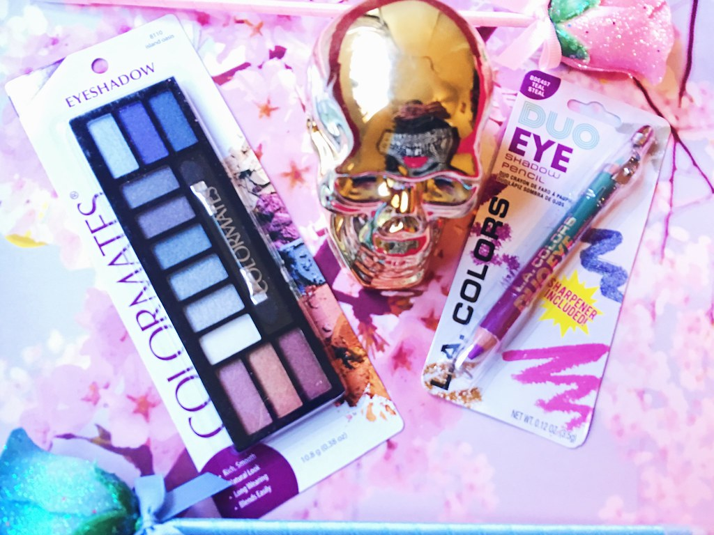 Dollar Tree Beauty Test: Colormates Eyeshadow & L.A. Colors Duo Eye Shadow Pencil