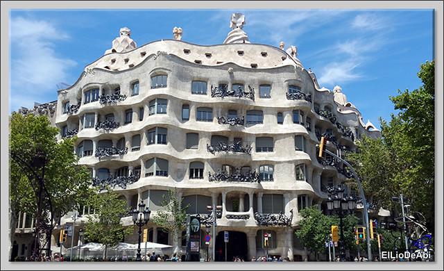 10 lugares imprescindibles que ver en Barcelona y 3 mas 1 (4)