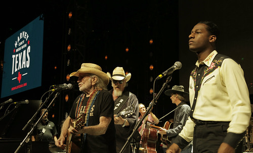 Willie & Leon