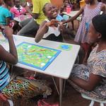 dream-home-kids-play-board-games06