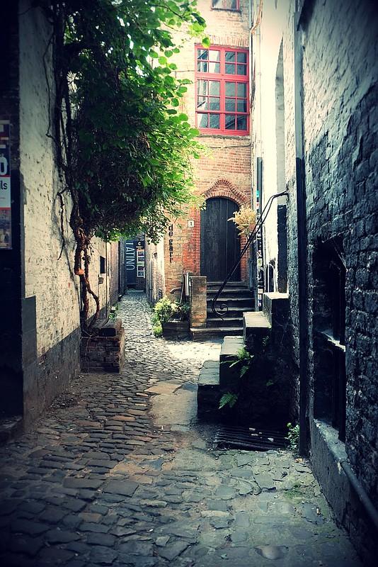 Blind Alley Bruges