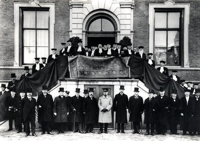Fotoserie: 100 jaar... hoog bezoek