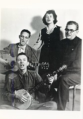 The Weavers sing out: 1949 ca.