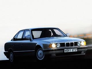 BMW_535i_1989_R1