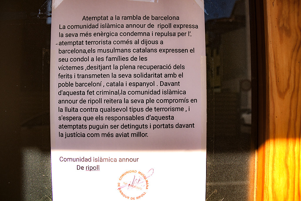 Statement on mosque's door--Ripoll