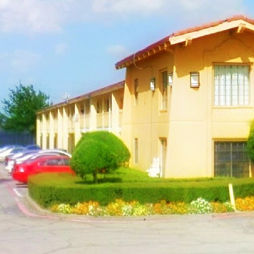 Motel 6 just 4 miles from La Prada Family Dentistry Garland, TX 75043