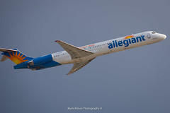 Allegiant MD-82 N424NV