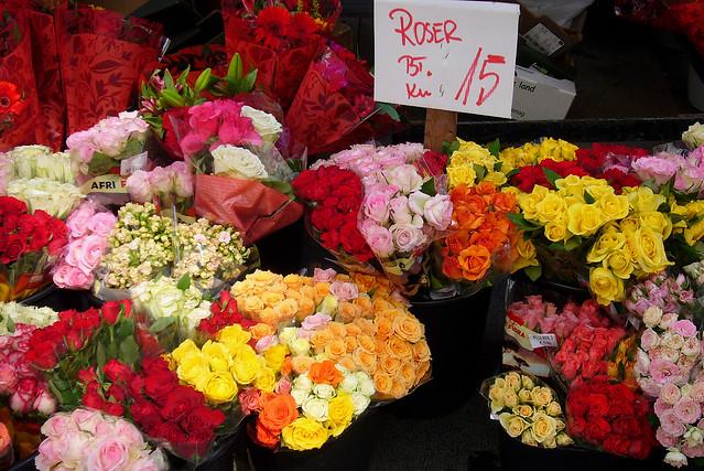Roses: Aarhus Flower Market, Panasonic DMC-FX01