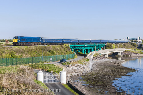 IÉ 216 Dundalk-Dublin 'Grand Hibernian', Laytown Viaduct