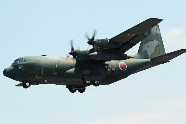 第401飛行隊 C-130H 05-1084 IMG_5790_2