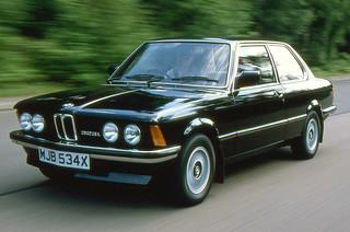 BMW_323i_1975_R1