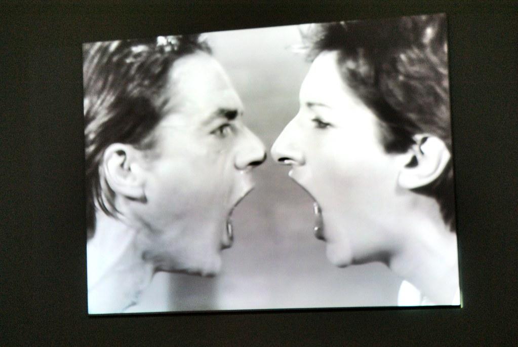 Performance de Marina Abramović avec son ancien compagnon au Musée d'art contemporain Louisiana près de Copenhague.