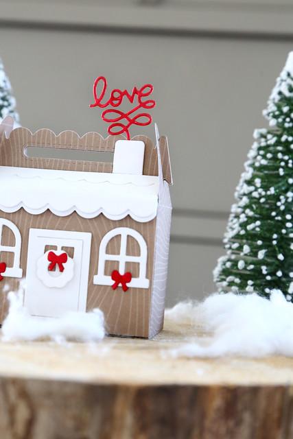 Scalloped holiday treat box (Lawn Fawn inspiration week)
