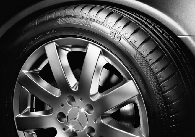 台灣賓士售後服務部與頂級輪胎品牌MICHELIN及PIRELLI等頂級輪胎品牌成為「Preferred Partner」供應商策略合作夥伴,提供專屬原廠輪胎