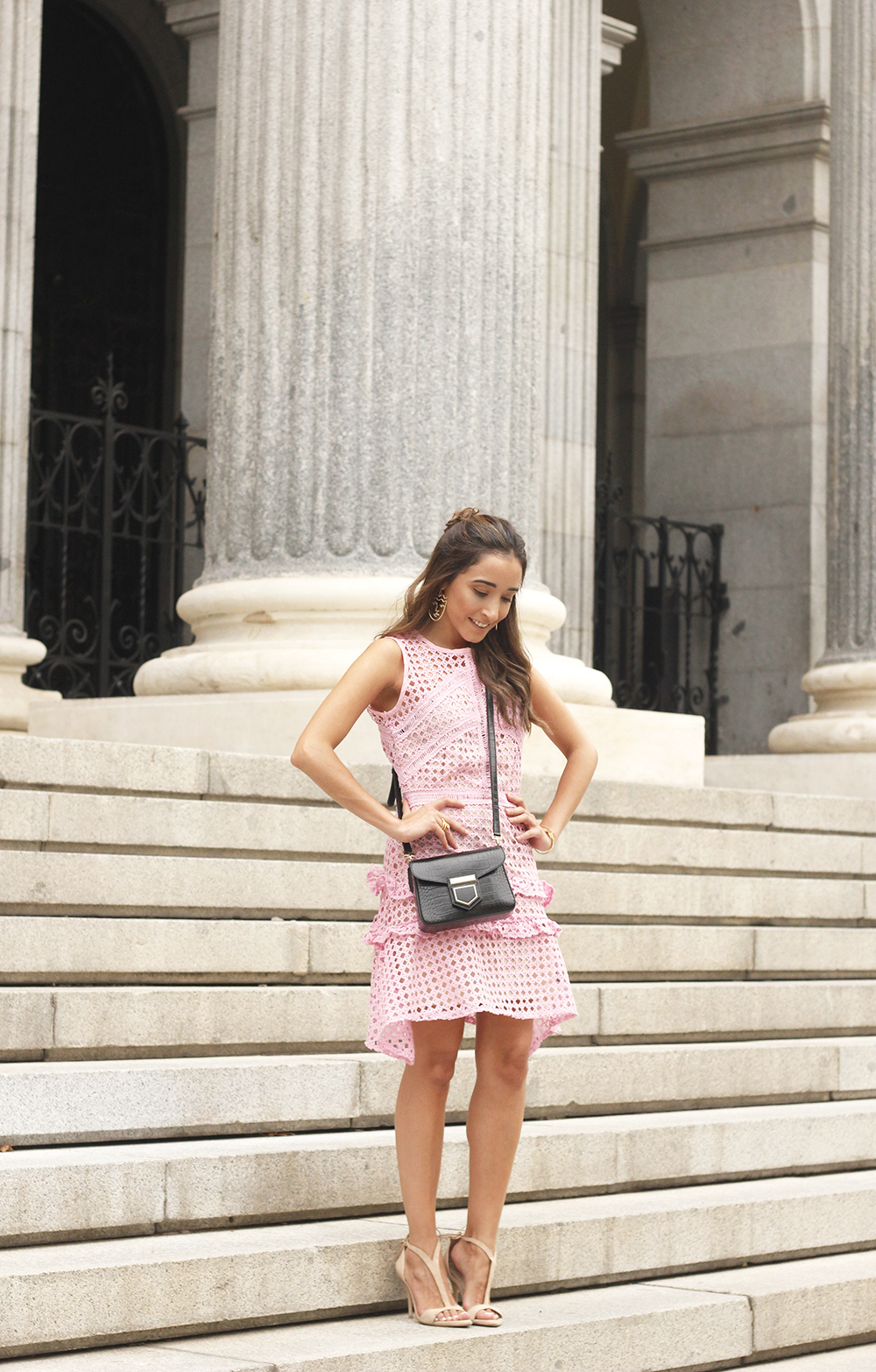 Pink dress summer givenchy bag nude heels outfit girl style03