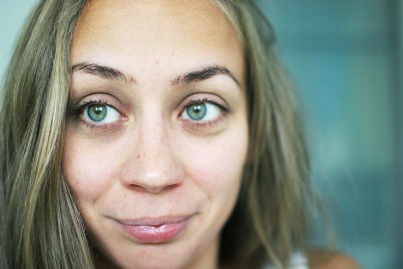 tråda ögonbrynen malmö