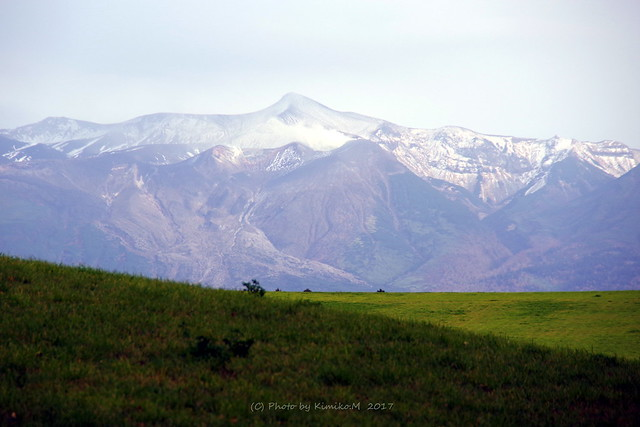 十勝岳初冠雪