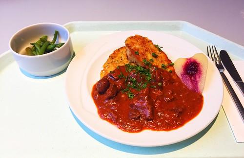 Braised venison goulash with chestnuts, cranberry pear & fried dumplings / Geschmortes Hirschgulasch mit Maronen,Preisselbeerbirne & gebratenen Serviettenknödel