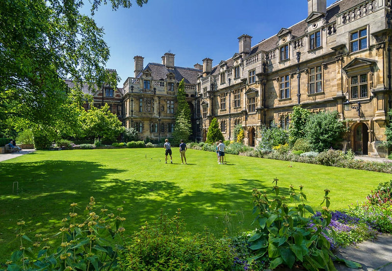 Croquet at Pembroke College. Credit Bob Radlinski, flickr
