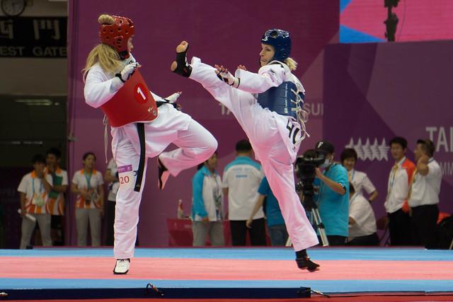 Lengyel_magyar_taekwondo_csapat01_29_Nyari_Universiade_sportmenu