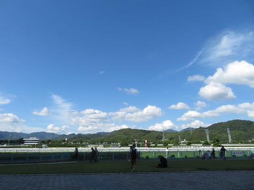 小倉競馬場の青空