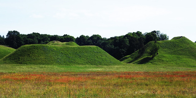 Mounds of Kernave (01)