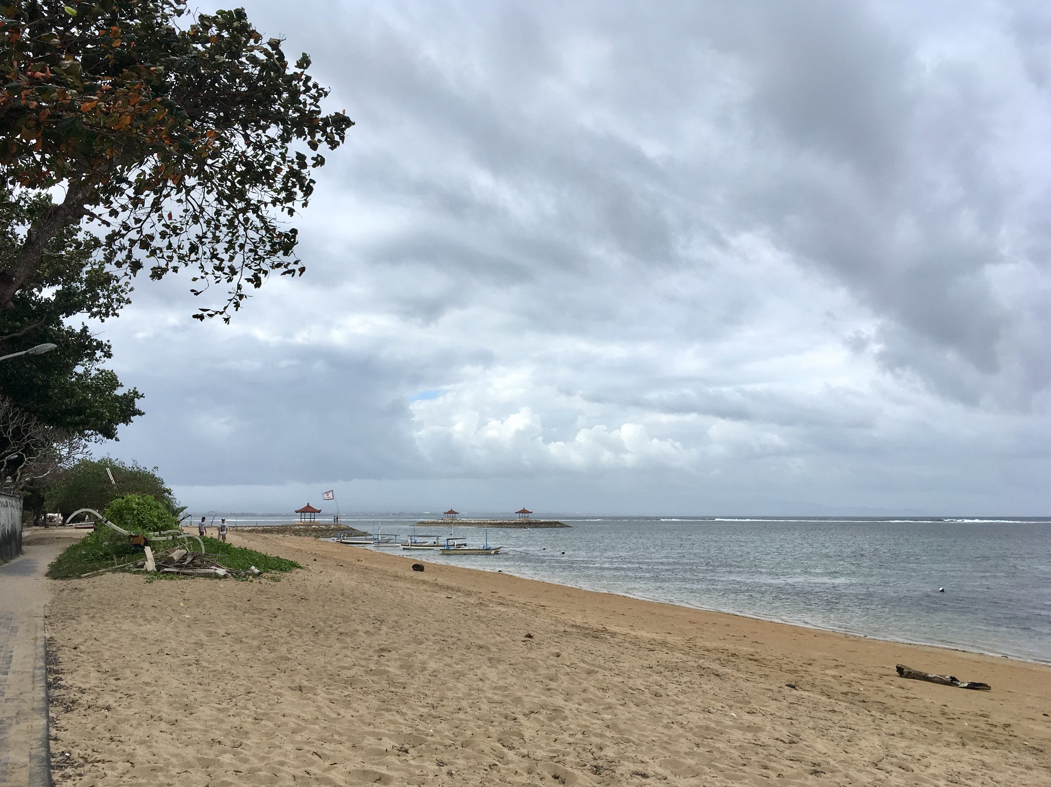 Cloudy beach in Sanur