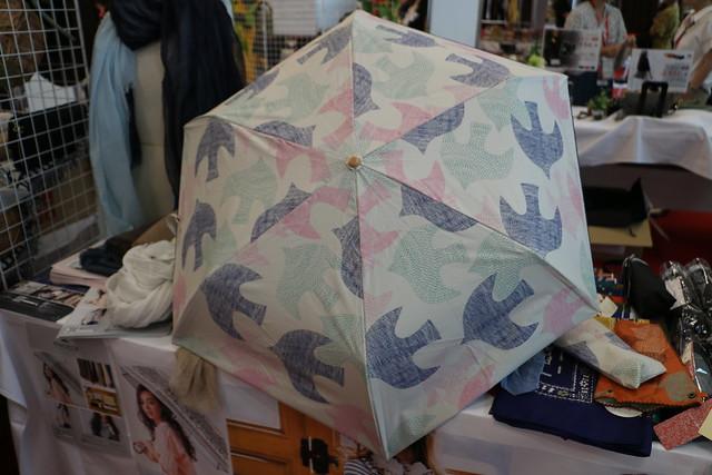 レビュー 折りたたみ傘 UV遮蔽率99% 遮光率99% 紫外線カット 北欧風