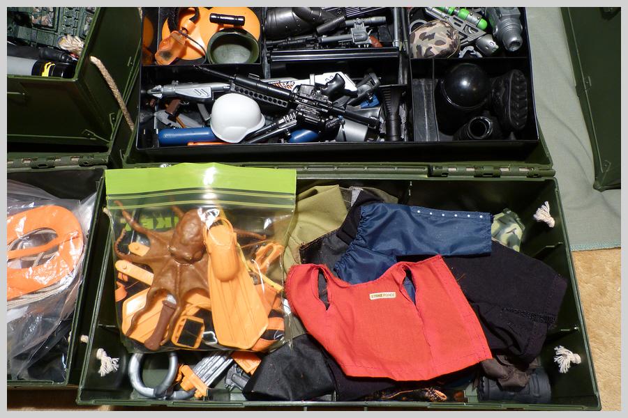 Locker Boxes Full of Mixed Items 36492769151_7ef6be4bda_o