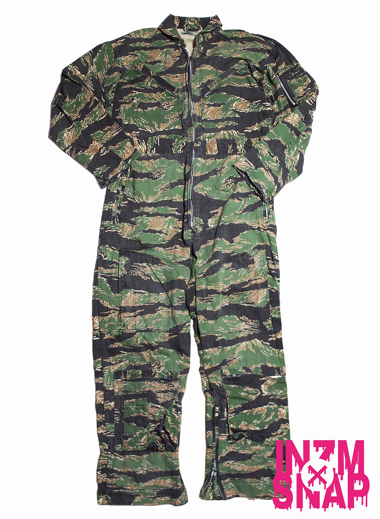 A BATHING APE | Jump Suit