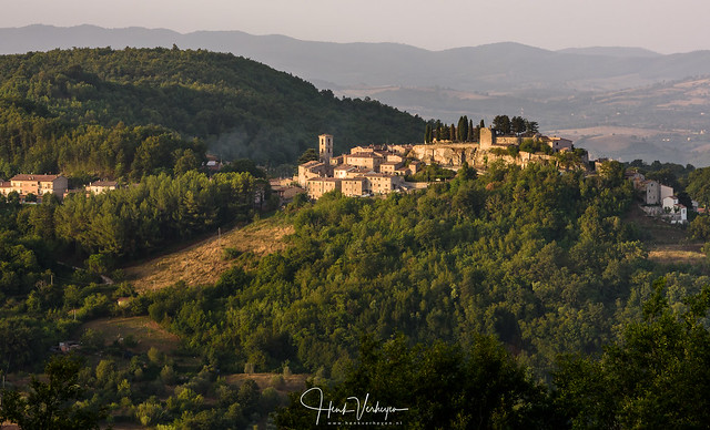 Seproniano sunrise - Toscany, Nikon D810, AF-S Nikkor 70-200mm f/2.8G ED VR II