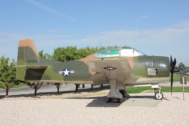 T-28B 137749