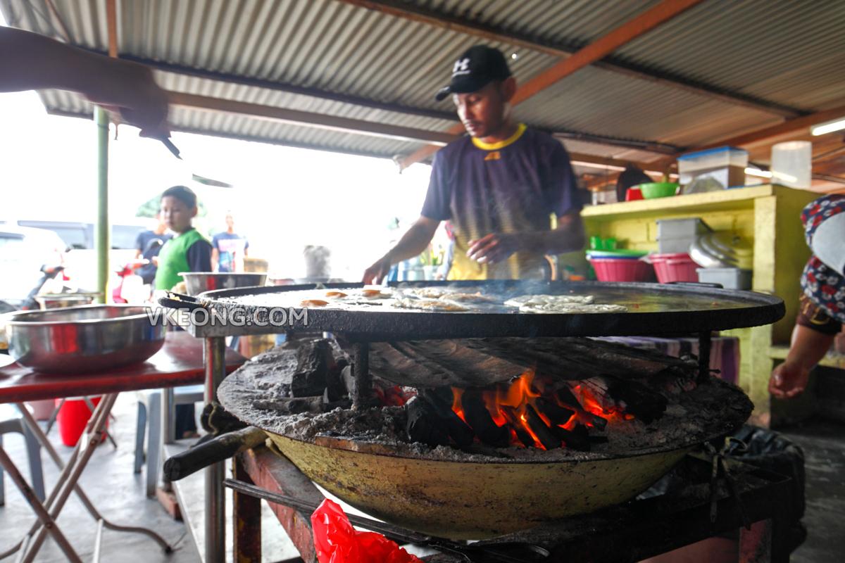 Roti Canai Dapur Kayu Arang