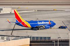 Southwest - Boeing 737-7H4 - N425LV
