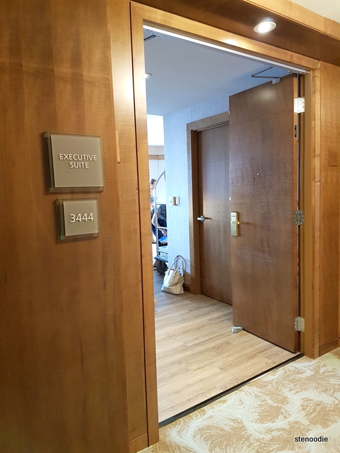 Westin Harbour Castle Hotel Executive Suite