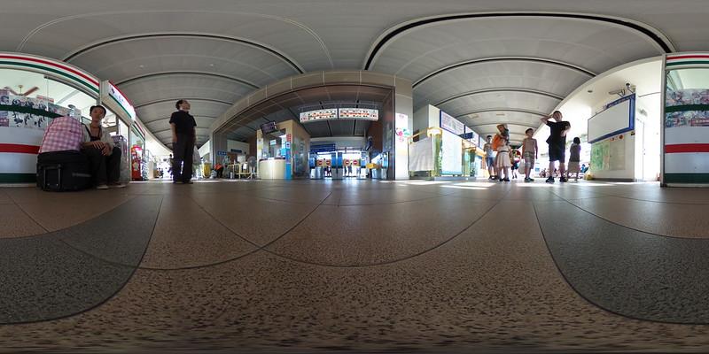 楊梅車站剪票口