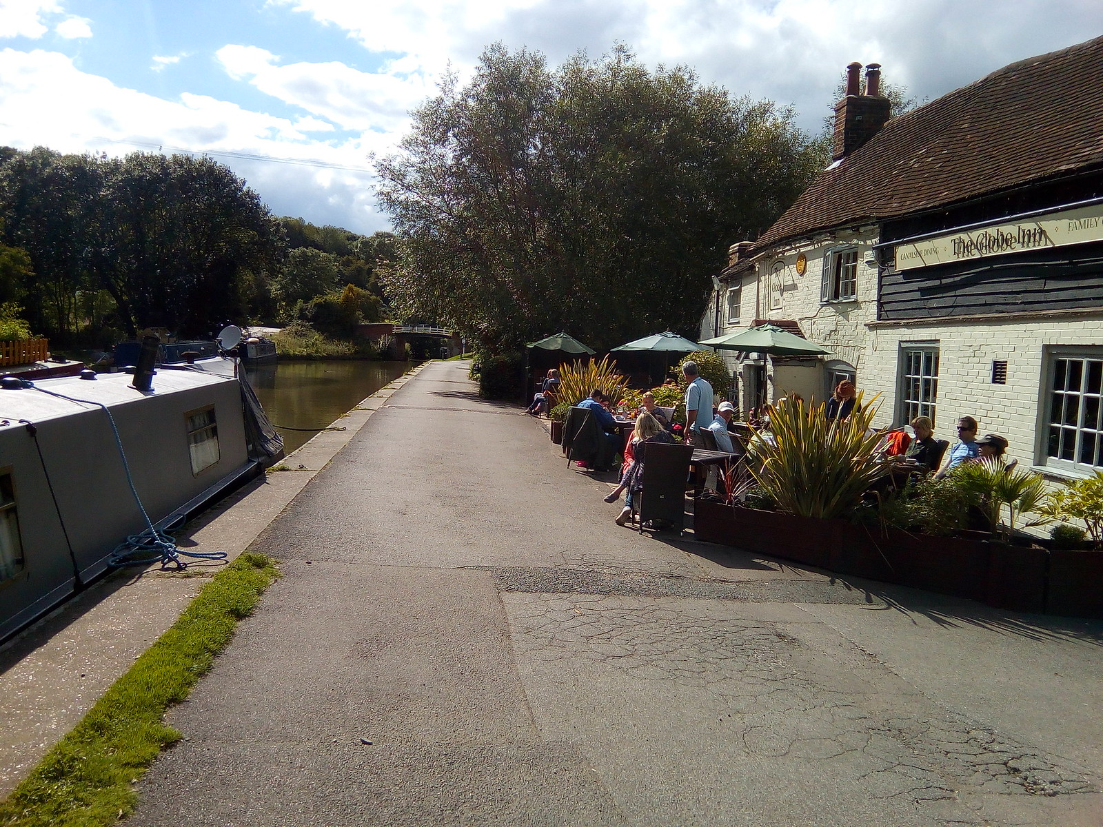 The Globe Grand Union Canal