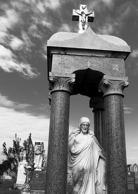 Statue of Christ Between Columns