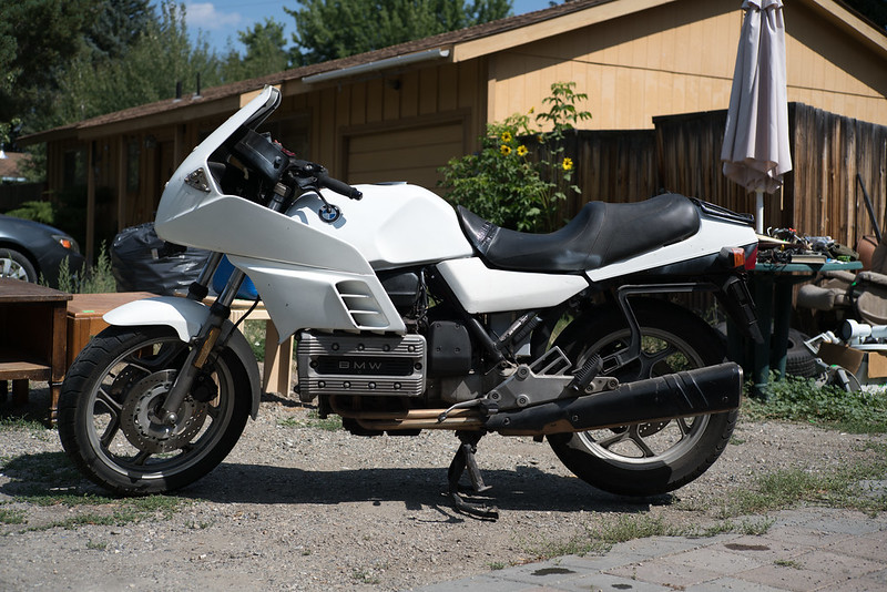 85 K100RS: what does it look and ride like with lower side fairing panels removed? 36666598211_9ee4f54557_c