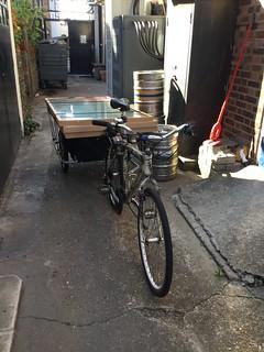 Carrying stuff on my bike 17-07-17 (03)