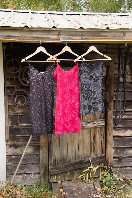 Kierrätysteemainen Blogihaaste DIY ideat kierrätys vaatteiden tuunaaminen käsityöt ideat käsityö vanhasta uutta ompelija blogi pukuompelija blogihaaste bloggaaja tyyliblogi