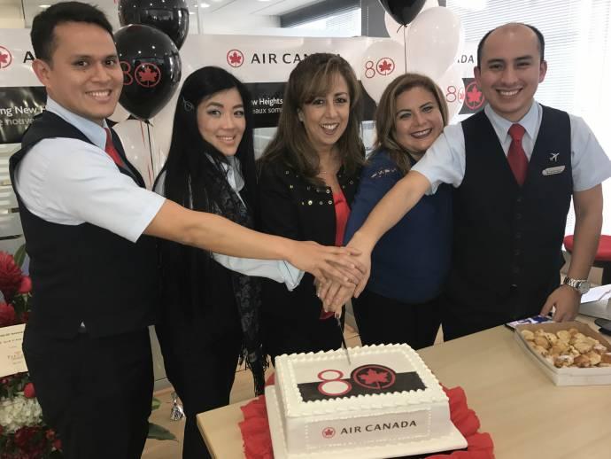 Air Canada cumple sus primeros 80 años uniendo los cielos del mundo